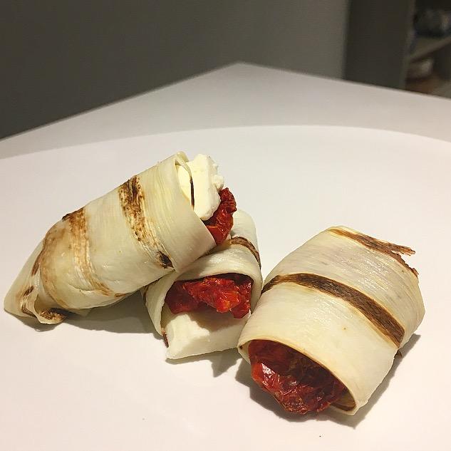 Enroladinho de Palmito com Tomate seco eRicota